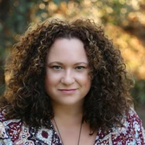 Elizabeth Hunter Author Photo